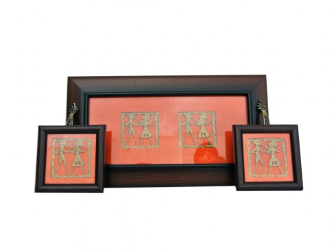 Tray Coaster Set with Dhorka Art and Silk Cloth