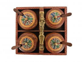 Wooden Tray with 4 Handi Set